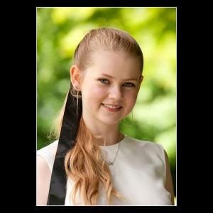 Konfirmand Sofie Krogerup close-up