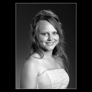 Konfirmand tilbud sort/hvid portræt
