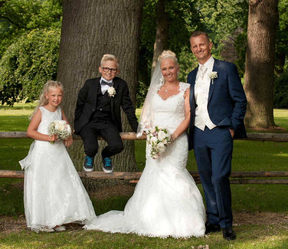 Bryllupsfoto i hele Nordsjælland o København og faktisk hele Danmark for fotograf Peter Dahlerup kommer overalt og laver bryllupsfoto til fair pris